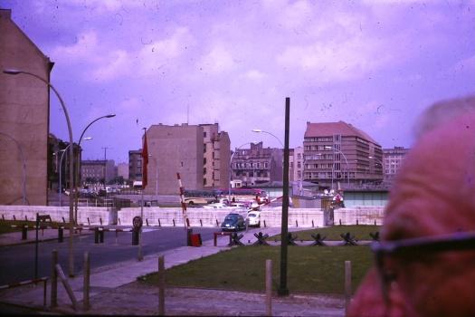 1964-berlin-wall-where